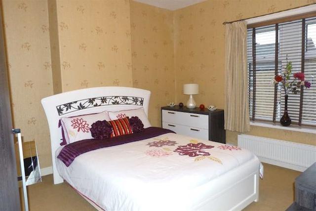 Image of 3 bedroom Terraced house for sale in Everard Street Crosland Moor Huddersfield HD4 at Everard Street, Crosland Moor, Huddersfield HD4