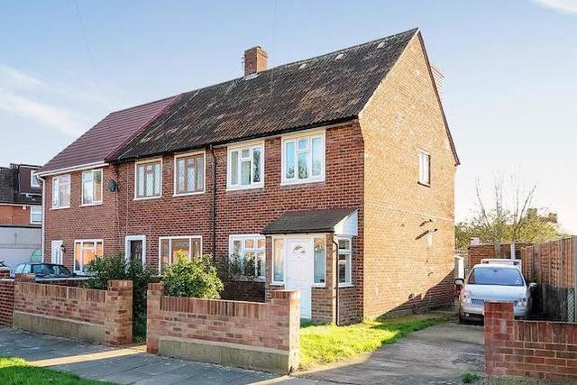 Image of 3 bedroom  for sale in Redlees Close Isleworth TW7 at Redlees Close, Isleworth TW7