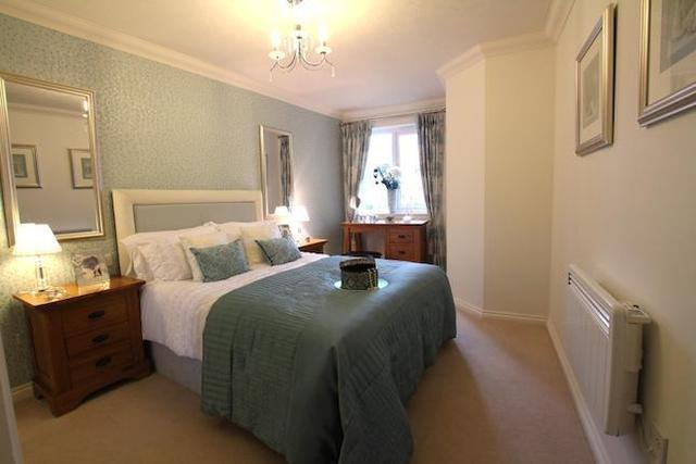 Image of 1 bedroom Property for sale in Grange Road Southbourne Bournemouth BH6 at 17 Grange Road, Southbourne, Bournemouth BH6
