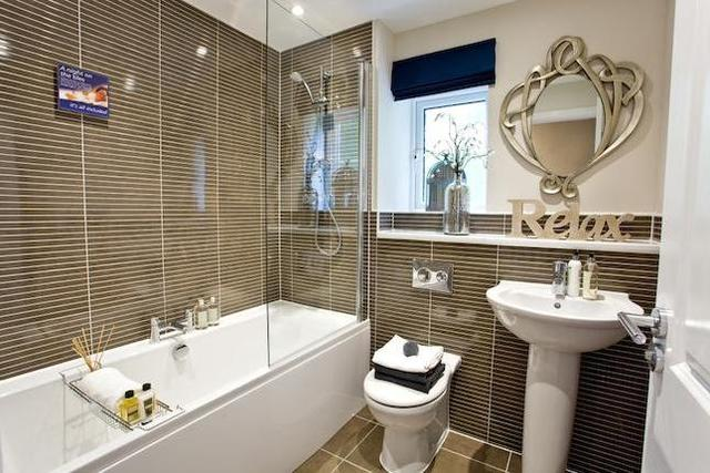Image of 4 bedroom  for sale in Manning Close Bloxham Banbury OX15 at Barford Road, Bloxham, Oxfordshire OX15