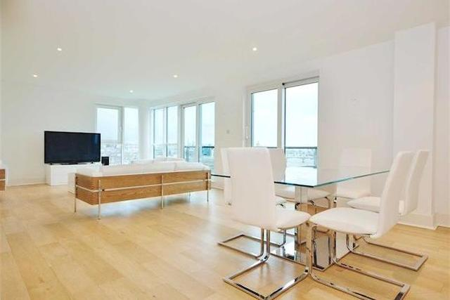 3 Bedroom Flat To Rent In St George Wharf London SW8