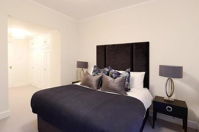 Image of 2 bedroom Flat to rent in Lexham Gardens London W8 at Lexham ...