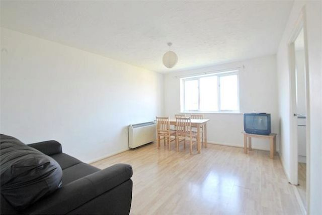 1 Bedroom Flat To Rent In Draycott Close London NW2