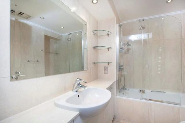 2 Bedroom Flat To Rent In Emperors Gate London Sw7
