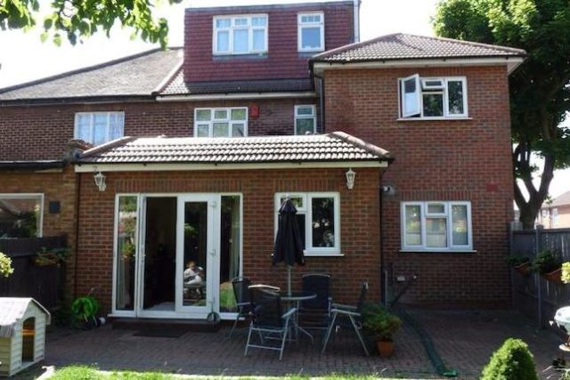 image of 1 bedroom flat to rent in pennine drive london nw2 at pennine