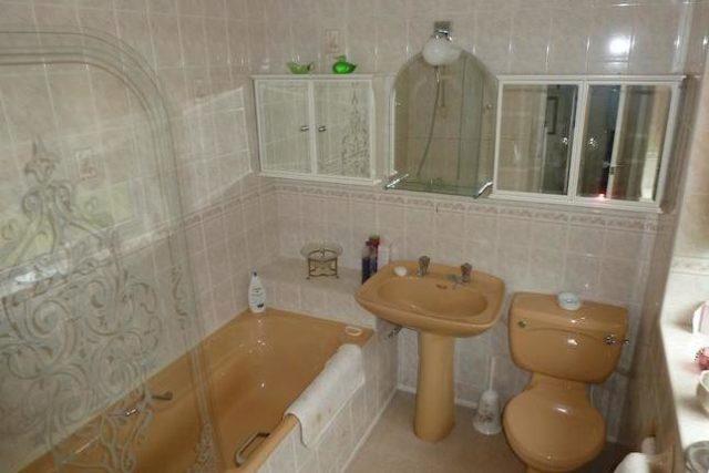 Image of 3 bedroom Detached house for sale in Heathway Ascot SL5 at Heathway, Ascot SL5