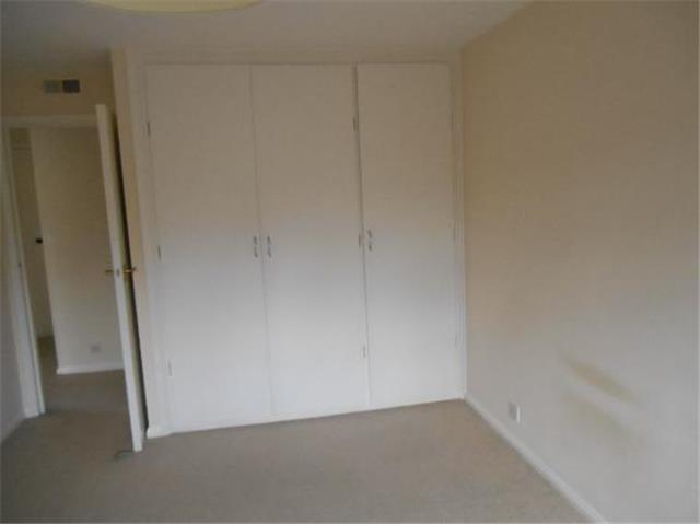 has been 1 bedroom flats to rent in bromley here another