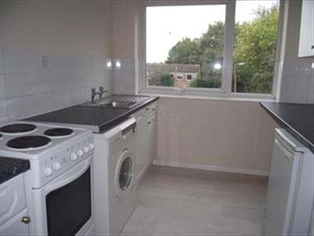 Image of 2 bedroom Property to rent in Prestbury Close Worcester WR4 at Worcester, WR4 9XG