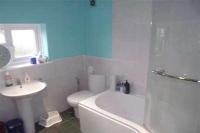 Image of 3 bedroom Semi-Detached house to rent in Chadwick Road Middlewich CW10 at Middlewich, CW10 0EA