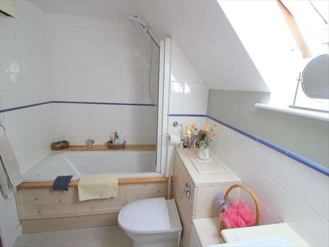 Image of 3 bedroom Semi-Detached house to rent in Friday Street Lower Quinton Stratford-upon-Avon CV37 at Friday Street Lower Quinton Stratford-Upon-Avon, CV37 8SQ