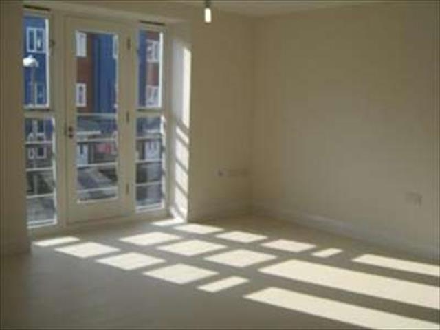 Image of 2 bedroom Flat to rent in George Stewart Avenue Faversham ME13 at Faversham, ME13 8FJ