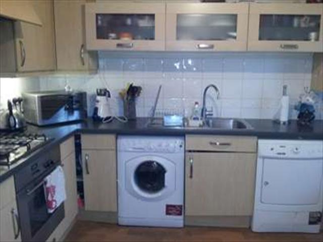 Image of 3 bedroom Detached house to rent in Seagrim Road Bournemouth BH8 at Bournemouth, BH8 0BD