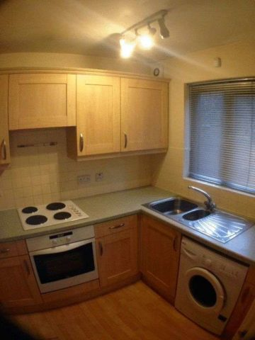 Image of 2 bedroom Flat to rent in Aigburth Vale Aigburth Liverpool L17 at Aigburth Vale  Liverpool, L17 0HG