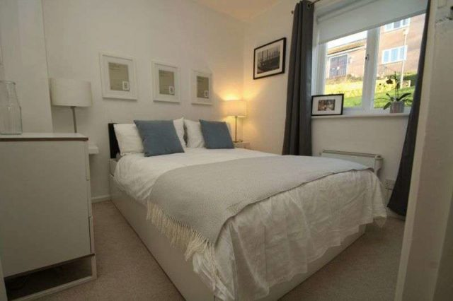 Image of 2 bedroom Flat to rent in Lingfield Close High Wycombe HP13 at Lingfield Close  High Wycombe, HP13 7ER