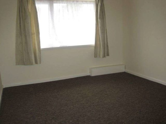 Image of 2 bedroom Semi-Detached house to rent in Walsall Road West Bromwich B71 at Walsall Road  West Bromwich, B71 3HH