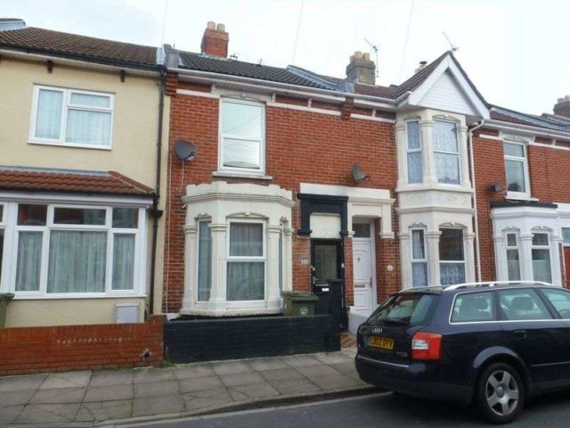 Image of 2 bedroom Terraced house to rent in Kingsley Road Southsea PO4 at Kingsley Road  Southsea, PO4 8HL