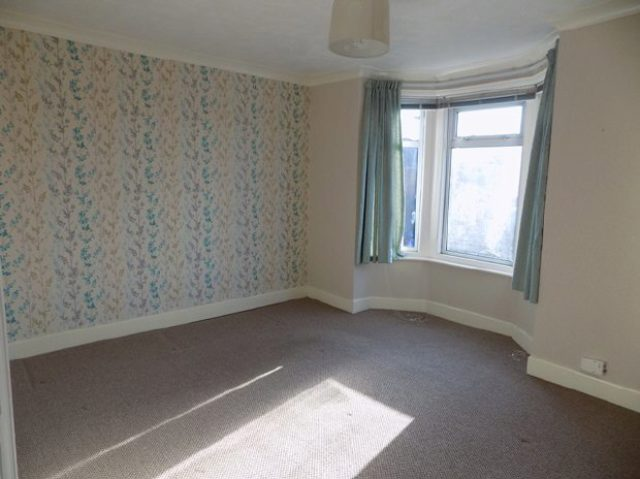 Image of 2 bedroom Detached house to rent in Romsey Road Shirley Southampton SO16 at Shirley Southampton Not specified, SO16 4DP