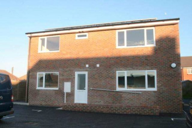 Image of 1 bedroom Apartment to rent in West Way Wick Littlehampton BN17 at Wick Littlehampton Wick, BN17 7NA