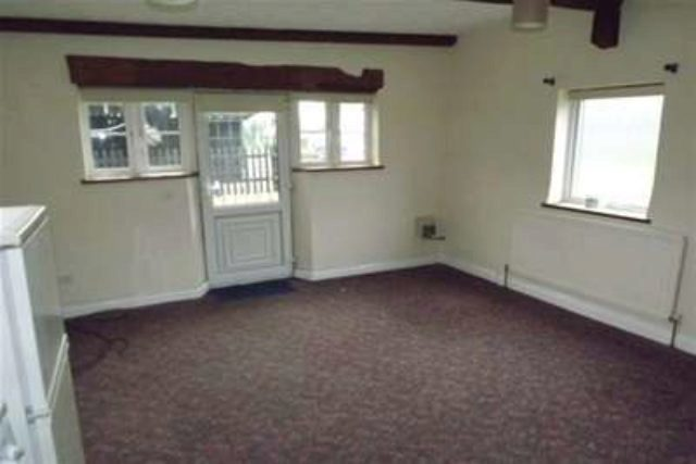 Image of 2 bedroom Detached house to rent in Wickham Road Curdridge Southampton SO32 at Southampton, SO32 2HG