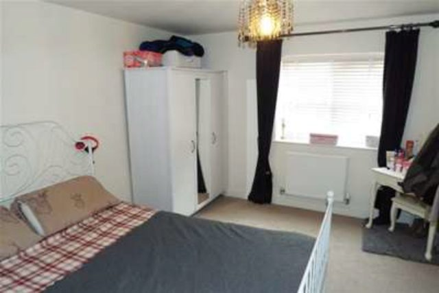 Image of 2 bedroom Flat to rent in Partridge Close Crewe CW1 at Crewe, CW1 3LQ