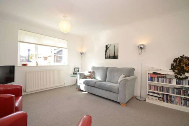 Image of 2 bedroom Maisonette for sale in High Street Bembridge PO35 at Bembridge Isle Of Wight, PO35 5SF