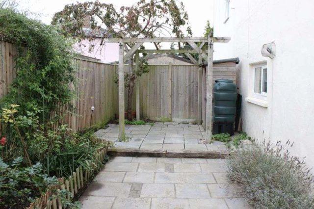 Image of 2 bedroom Property for sale in Burfield Road Old Windsor Windsor SL4 at Burfield Road Old Windsor Windsor, SL4 2RD