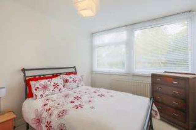 Image of 3 bedroom Maisonette for sale in Tarnwood Park London SE9 at London Eltham New Eltham, SE9 5NX