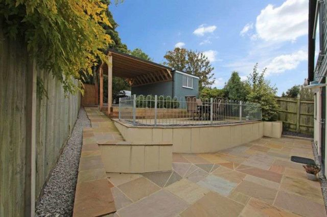 Image of 4 bedroom Property for sale in Cupernham Lane Romsey SO51 at Cupernham Lane  Romsey, SO51 7JH