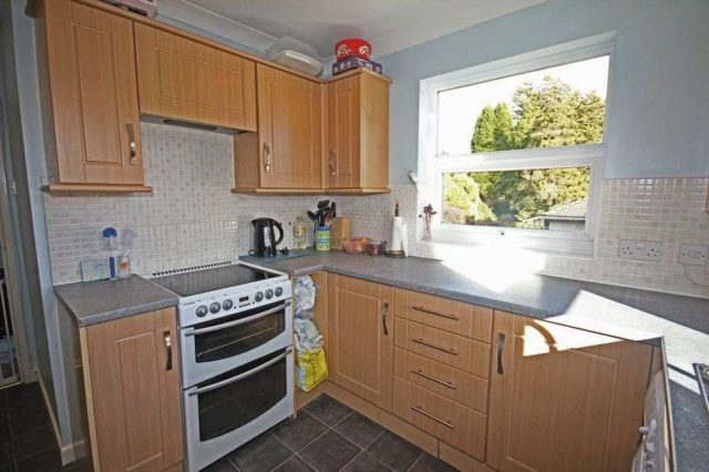 Image of 2 bedroom Flat for sale in Station Road Alderholt Fordingbridge SP6 at 46 Station Road Alderholt Fordingbridge, SP6 3RB