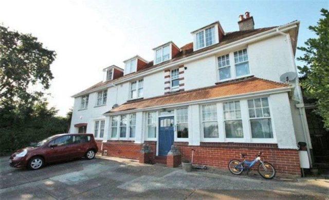 Image of 1 bedroom Flat for sale in Lane End Road Bembridge PO35 at Lane End Road  Bembridge, PO35 5SU