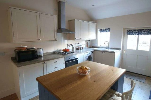 Image of 4 bedroom Terraced house for sale in Middle Street Nafferton Driffield YO25 at Middle Street Nafferton Driffield, YO25 4JS