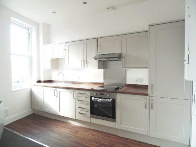 Image of 1 bedroom Flat to rent in Shirley High Street Shirley Southampton SO15 at 59a Shirley High Street Shirley Shirley, SO15 3NP