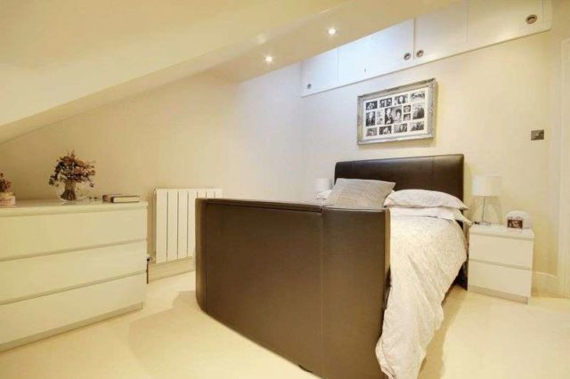 Image of 2 bedroom Flat to rent in Ferme Park Road London N8 at Ferme Park Road  Crouch End, N8 9BL