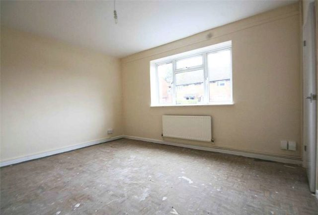 Image of 4 bedroom Terraced house for sale in Catherine Close Byfleet West Byfleet KT14 at Byfleet West Byfleet Byfleet, KT14 7EZ