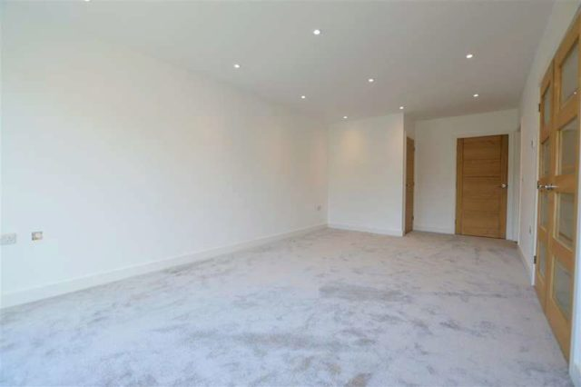Image of 4 bedroom Semi-Detached house for sale in Northfield Road Thatcham RG18 at Thatcham, RG18 3EU