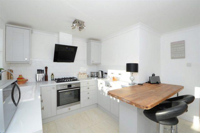 Image of 2 bedroom Flat for sale in Betley Court Walton-on-Thames KT12 at Walton-On-Thames Surrey Walton-On-Thames, KT12 3BT