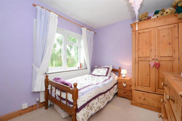 Image of 2 bedroom Cottage for sale in Cambridge Road Walton-on-Thames KT12 at Walton-On-Thames Surrey Walton-On-Thames, KT12 2DR
