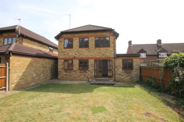 Image of 4 bedroom Detached house for sale in Chailey Place Hersham Walton-on-Thames KT12 at Walton-On-Thames Surrey Walton-On-Thames, KT12 4LQ