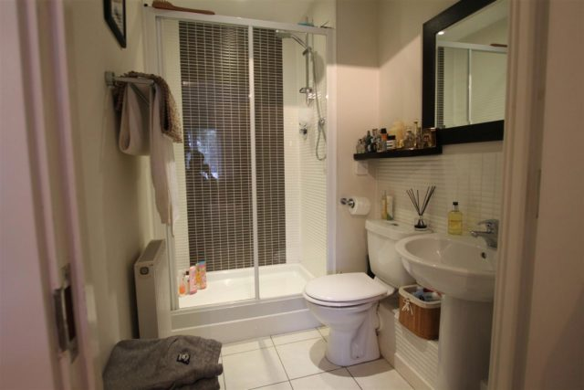 Image of 2 bedroom Apartment for sale in Wey Road Weybridge KT13 at Weybridge Surrey Weybridge, KT13 8GZ