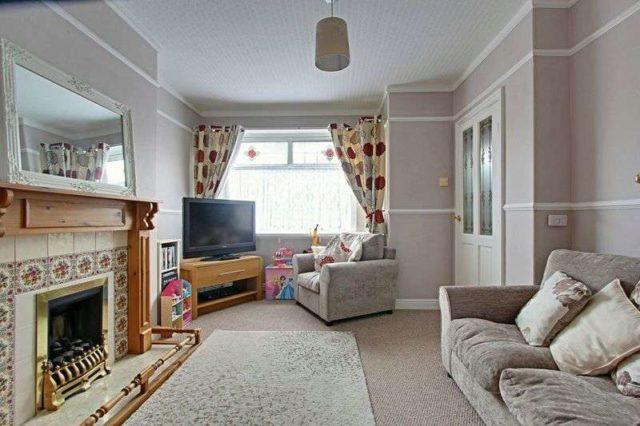 Image of 2 bedroom Terraced house for sale in Brockenhurst Avenue Cottingham HU16 at Brockenhurst Avenue  Cottingham, HU16 4PD