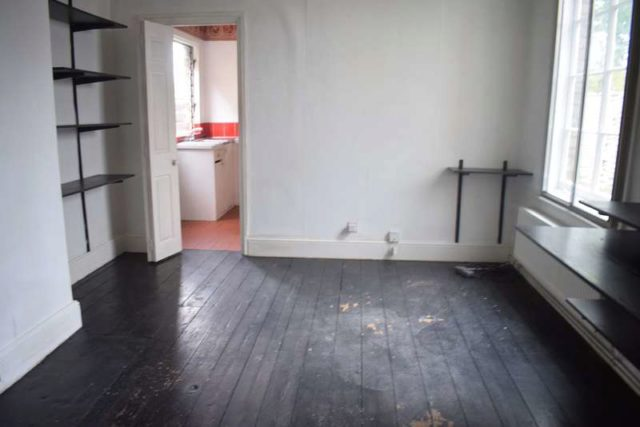Image of 1 bedroom Ground Flat for sale in Montagu Road Datchet Slough SL3 at Datchet  Datchet, SL3 9DT