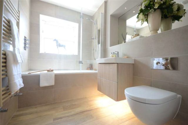 Image of 3 bedroom Terraced house for sale in Fernbank Road Ascot SL5 at Ascot Berkshire North Ascot, SL5 8JN