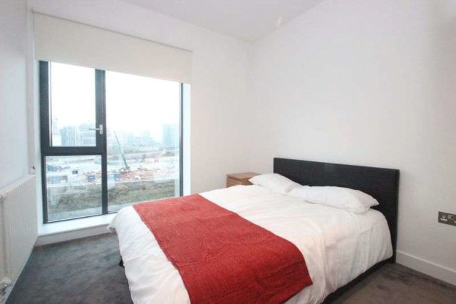 Image of 3 bedroom Flat to rent in Orchard Place London E14 at Orchard Place  London, E14 0JU