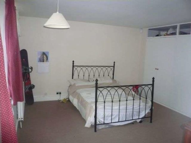 Image of 2 bedroom Property to rent in Richdore Road Waltham Canterbury CT4 at Richdore Road Waltham Canterbury, CT4 5SL