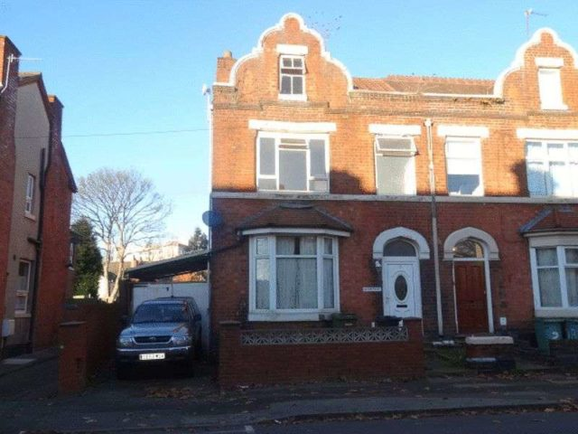 Image of 6 bedroom Semi-Detached house for sale in Lysways Street Walsall WS1 at Lysways Street  Walsall, WS1 3AG