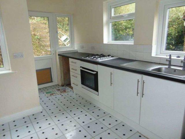 Image of 2 bedroom Semi-Detached house to rent in Milner Close Caterham CR3 at Milner Close  Caterham, CR3 6JS