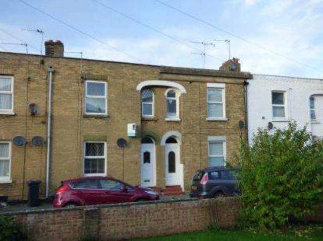 Image of 3 bedroom Town House for sale in Station Road Sandown PO36 at Sandown Isle Of WIght Sandown, PO36 9BP