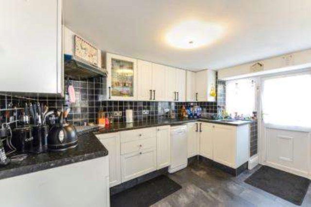 Image of 1 bedroom Flat for sale in Carter Street Sandown PO36 at Sandown Isle Of Wight Sandown, PO36 8BP