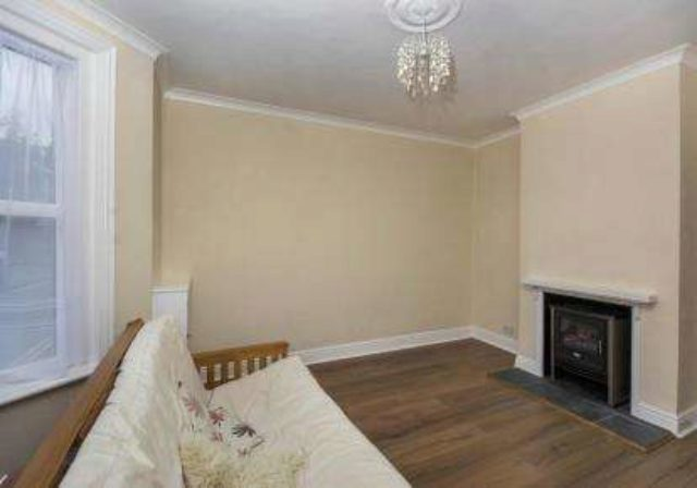 Image of 1 bedroom Flat for sale in Scinde Crescent Shanklin PO37 at Shanklin Isle Of Wight Shanklin, PO37 6DD