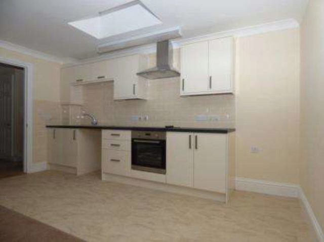Image of 1 bedroom Flat for sale in High Street Shanklin PO37 at Shanklin Isle of Wight Shanklin, PO37 6LB